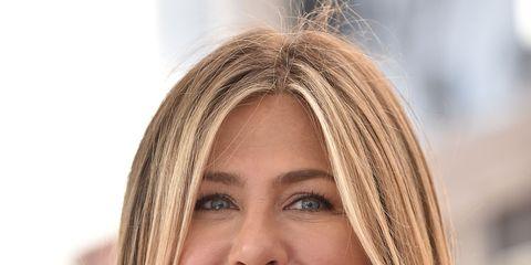 Hair, Face, Blond, Eyebrow, Hairstyle, Layered hair, Chin, Beauty, Forehead, Lip,
