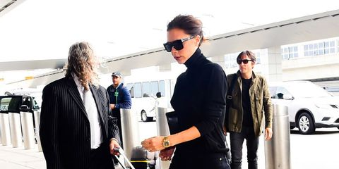 Street fashion, Fashion, Suit, Sportswear, Footwear, Eyewear, Shoe, Sunglasses, Formal wear, Outerwear,