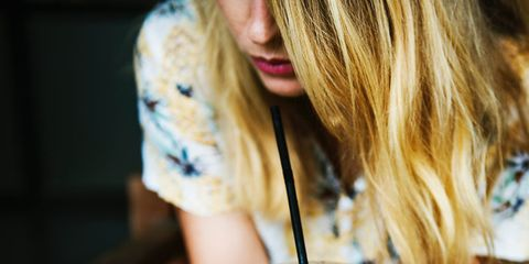 Milkshake, Drink, Smoothie, Blond, Food, Drinking, Hand, Drinking straw, Milk punch,