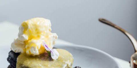 Dish, Food, Cuisine, Blackberry, Ingredient, Dessert, Whipped cream, Berry, Cream, Frozen dessert,