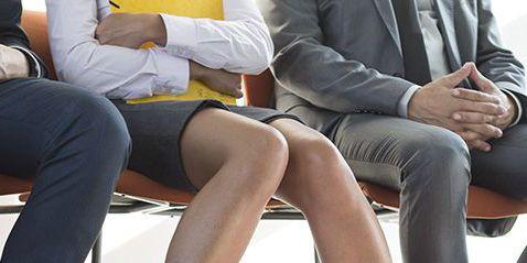 Human leg, Leg, Sitting, Footwear, Thigh, High heels, Tights, Shoe, Sole, Knee,