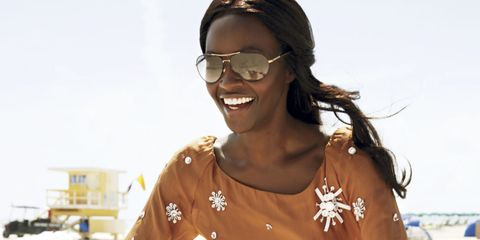 Eyewear, Bicycle, Skin, Glasses, Cool, Arm, Shoulder, Joint, Cycling, Recreation,