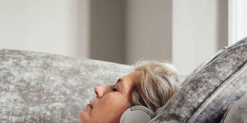 Comfort, Bedding, Beauty, Pillow, Furniture, Sleep, Room, Blond, Textile, Nap,