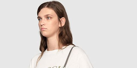 Clothing, White, Shoulder, Neck, Sleeve, Joint, Fashion, T-shirt, Bag, Satchel,