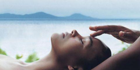 Lip, Skin, Shoulder, Joint, Comfort, Wrist, Muscle, Neck, Photography, Eyelash,