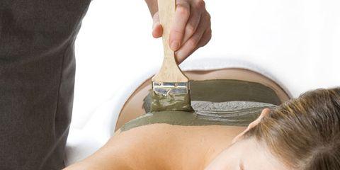 Finger, Skin, Shoulder, Joint, Eyelash, Comfort, Wrist, Elbow, Organ, Muscle,