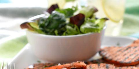 Food, Cuisine, Dishware, Serveware, Tableware, Dish, Plate, Ingredient, Leaf vegetable, Recipe,