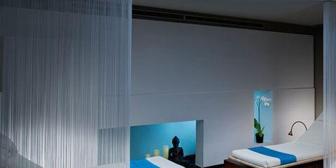 Room, Interior design, Bed, Property, Textile, Wall, Bedroom, Linens, Bedding, Bed frame,