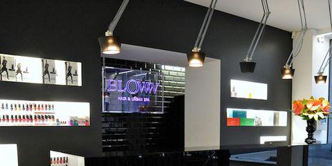 Floor, Flooring, Ceiling, Flowerpot, Electricity, Light fixture, Machine, Houseplant, Advertising, Electrical supply,