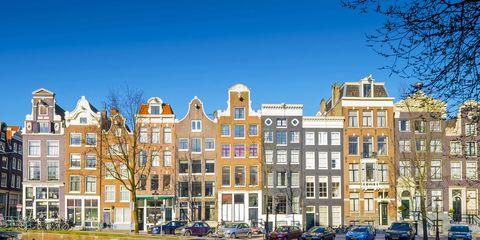 Reflection, Water, Waterway, Sky, Blue, Landmark, Canal, Architecture, Daytime, Urban area,
