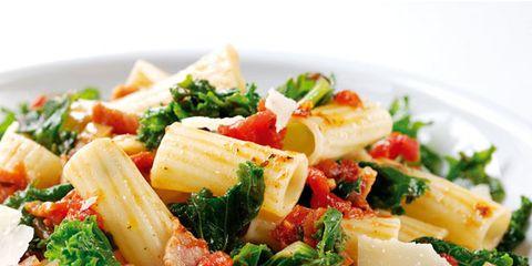 Food, Cuisine, Ingredient, Produce, Pasta, Dish, Leaf vegetable, Vegetable, Recipe, Dishware,