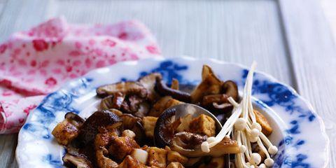 Food, Cuisine, Tableware, Ingredient, Recipe, Dish, Plate, Dishware, Snack, Serveware,