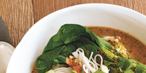 Food, Cuisine, Ingredient, Leaf vegetable, Serveware, Dish, Recipe, Tableware, Dishware, Soup,