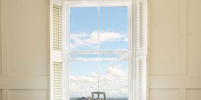 Floor, Wood, Property, Plumbing fixture, Flooring, Wall, Room, Interior design, Tile, Real estate,