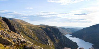 Mountainous landforms, Highland, Hill, Mountain, Wilderness, Geology, Fell, Valley, Terrain, Bedrock,