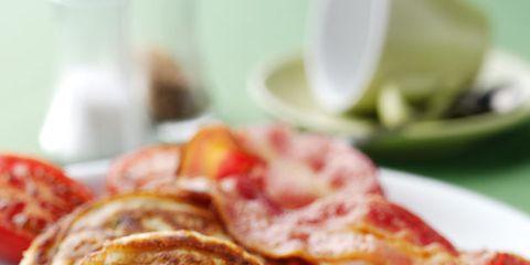 Food, Serveware, Egg yolk, Ingredient, Dishware, Meal, Breakfast, Egg white, Dish, Fried egg,