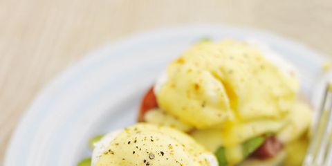 Food, Dishware, Ingredient, Cuisine, Meal, Eggs benedict, Breakfast, Dish, Finger food, Kitchen utensil,