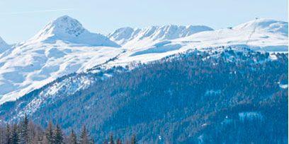Winter, Mountainous landforms, Property, Snow, House, Mountain range, Slope, Freezing, Mountain, Real estate,