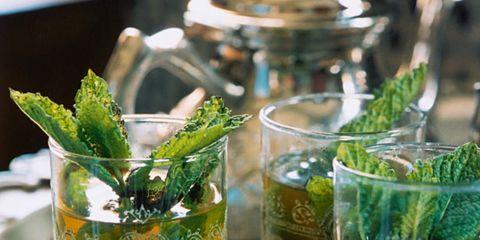 Liquid, Drink, Alcoholic beverage, Fluid, Glass, Drinkware, Cocktail, Tableware, Highball glass, Barware,