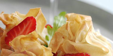 Food, Cuisine, Garnish, Dish, Recipe, Peach, Culinary art, Dishware, Rose family, Dumpling,