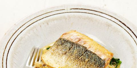 Food, Cuisine, Ingredient, Dishware, Dish, Tableware, Serveware, Recipe, Garnish, Leaf vegetable,