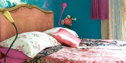 Room, Textile, Linens, Bedding, Bed, Furniture, Pink, Bed sheet, Bedroom, Magenta,