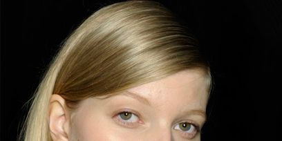 Hair, Lip, Cheek, Mouth, Hairstyle, Chin, Forehead, Eyebrow, Eyelash, Style,
