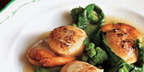 Food, Cuisine, Ingredient, Dishware, Dish, Leaf vegetable, Produce, Fines herbes, Recipe, Breakfast,