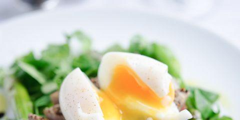 Food, Ingredient, Egg yolk, Dishware, Produce, Breakfast, Cuisine, Vegetable, Leaf vegetable, Egg white,