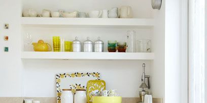 Serveware, Yellow, Dishware, Green, Room, Porcelain, Shelving, Shelf, White, Interior design,