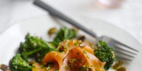 Food, Dishware, Leaf vegetable, Ingredient, Cuisine, Tableware, Broccoli, Vegetable, Cruciferous vegetables, Recipe,