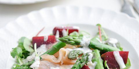 Food, Dishware, Ingredient, Cuisine, Serveware, Tableware, Leaf vegetable, Dish, Plate, Vegetable,