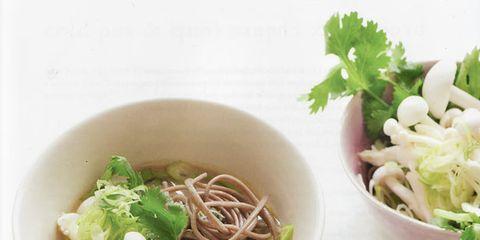 Food, Soup, Cuisine, Ingredient, Bowl, Produce, Noodle, Chinese noodles, Tableware, Leaf vegetable,