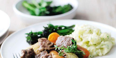 Food, Dishware, Cuisine, Ingredient, Recipe, Serveware, Dish, Tableware, Plate, Leaf vegetable,