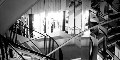 Parallel, Handrail, Monochrome, Black-and-white, Monochrome photography, Iron, Design, Symmetry, Steel, Transparent material,