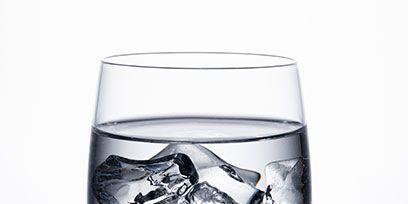 Liquid, Fluid, Drinkware, Glass, Barware, Tableware, Transparent material, Stemware, Highball glass, Serveware,