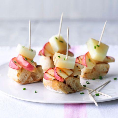 Spanish apple and manchego tapas recipe