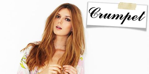 Sleeve, Style, Long hair, Brown hair, Day dress, Eyelash, Hair coloring, Street fashion, Blond, Step cutting,