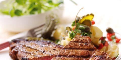 Food, Beef, Dishware, Meat, Cuisine, Pork, Ingredient, Tableware, Carne asada, Plate,