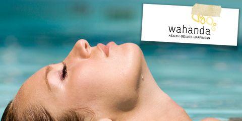 Fluid, Lip, Liquid, Swimming pool, Skin, Chin, Leisure, Summer, Aqua, Muscle,