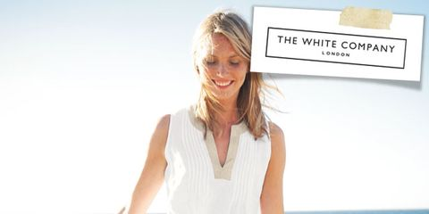 Skin, Sleeve, Shoulder, Photograph, White, Happy, Summer, Dress, Facial expression, Ocean,