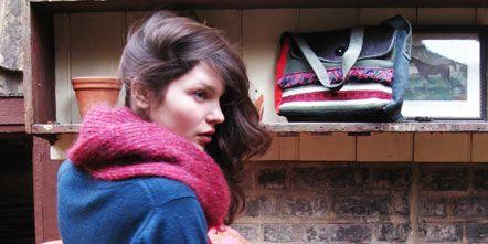 Textile, Style, Pattern, Magenta, Street fashion, Purple, Wool, Fashion, Beauty, Maroon,