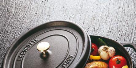 Food, Produce, Ingredient, Tableware, Bowl, Natural foods, Serveware, Lid, Cookware and bakeware, Whole food,