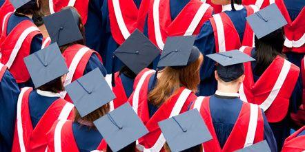 Red, Uniform, Headgear, Carmine, Costume accessory, Mortarboard, Tradition, Graduation, Coquelicot, Academic dress,