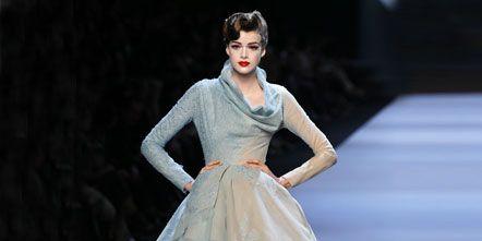 Shoulder, Dress, Fashion show, Fashion model, Style, Formal wear, Runway, Fashion, One-piece garment, Model,