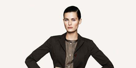 Clothing, Collar, Sleeve, Shoulder, Standing, Joint, Formal wear, Style, Khaki, Blazer,