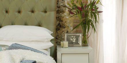 Room, Interior design, Wall, Furniture, Floor, Interior design, Flowerpot, Living room, Beige, Houseplant,