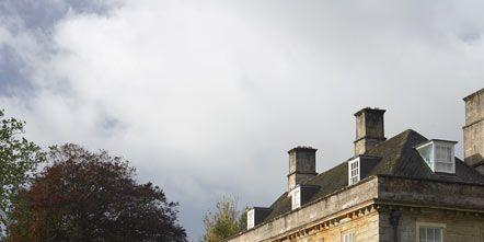 Window, Plant, Property, Building, House, Garden, Hedge, Shrub, Villa, Lawn,