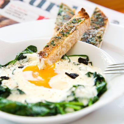 Dish, Cuisine, Food, Ingredient, Cervelle de canut, Produce, Tzatziki, Spinach, Brunch, Breakfast,