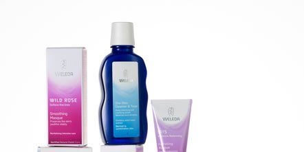 Liquid, Fluid, Product, Magenta, Purple, Violet, Pink, Lavender, Tints and shades, Beauty,